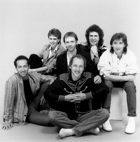 1280575421_dire-straits-discography-download-1