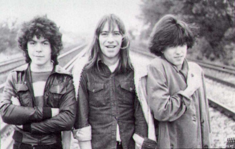 Лол Толхерст, Майкл Демпси, Роберт Смит, группа Easy Cure, Кроули, Англия, 1977