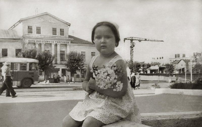 1961-stroitelstvo-univermaga