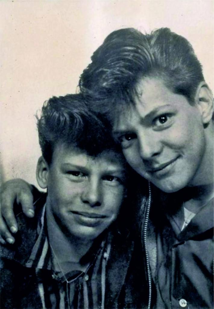 02-3 тайлер с другом 1960